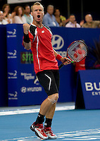Leyton Hewitt (AUS) against John isner (USA) in a Group A match Australia V USA. Hewitt beat Isner 6-1 7-5..International Tennis - Hyundai Hopman Cup XXII - Tues 05 Jan 2010 - Burswood Dome - Perth - Australia ..© Frey, AMN Images, Level 1, Barry House, 20-22 Worple Road, London, SW19 4DH