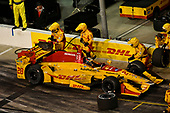 Verizon IndyCar Series<br /> Desert Diamond West Valley Phoenix Grand Prix<br /> Phoenix Raceway, Avondale, AZ USA<br /> Saturday 29 April 2017<br /> Ryan Hunter-Reay, Andretti Autosport Honda pit stop<br /> World Copyright: Scott R LePage<br /> LAT Images
