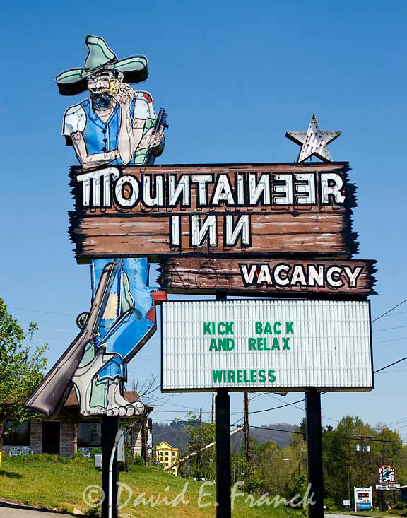 Mountaineer Inn sign at a motel located in Ashville, North Carolina.