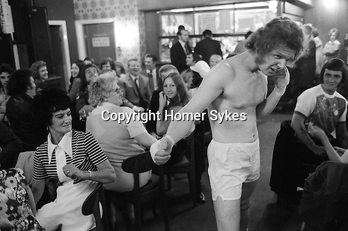 Byker Working Mens Club. Saturday evening entertainment. New Castle upon Tyne. England 1970s..