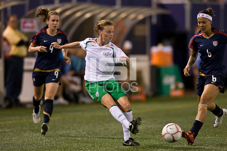 Republic of Ireland (IRL) midfielder Mary McDonnell (17). The women's national team of the United States (USA) defeated the Republic of Ireland (IRL) during an international friendly at Giants Stadium in East Rutherford, NJ on September 17, 2008. Photo by Howard C. Smith/isiphotos.com