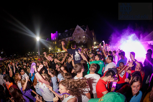 August 20, 2016; DomerFest 2016 (Photo by Peter Ringenberg/University of Notre Dame)