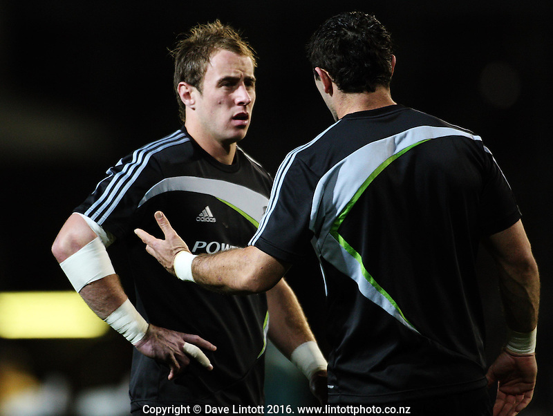 All Blacks Jimmy Cowan and Stephen Donald discuss tactics before the match..Tri Nations - All Blacks v Australia at Eden Park, Auckland, New Zealand. Saturday 14 July 2009. Photo: Dave Lintott / lintottphoto.co.nz