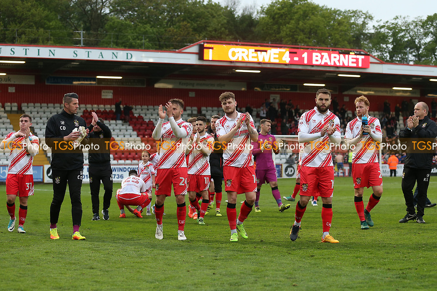 Stevenage players thank the fans during Stevenage vs Accrington Stanley, Sky Bet EFL League 2 Football at the Lamex Stadium on 6th May 2017