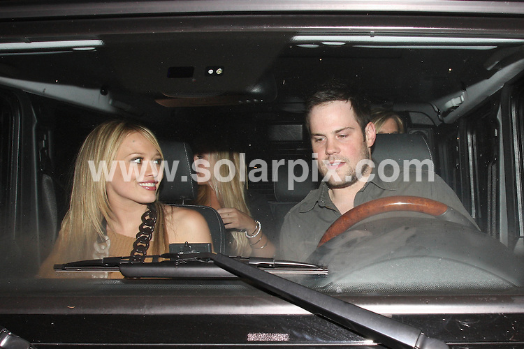 **ALL ROUND PICTURES FROM SOLARPIX.COM**.**WORLDWIDE SYNDICATION RIGHTS**.**NO PUBLICATION IN AUSTRALIA, DENMARK, GERMANY, NEW ZEALAND, RUSSIA, UK OR USA**.Hillary Duff and boyfriend Mike Comrie dine at Beso Restaurant in Hollywood Los Angeles California in the USA..This pic: Hillary Duff,Mike Comrie..JOB REF:7095- LAP/HGT       DATE:23_08_08 .**MUST CREDIT SOLARPIX.COM OR DOUBLE FEE WILL BE CHARGED* *UNDER NO CIRCUMSTANCES IS THIS IMAGE TO BE REPRODUCED FOR ANY ONLINE EDITION WITHOUT PRIOR PERMISSION*
