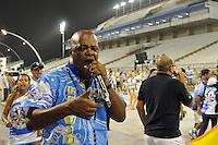 ATENÇÃO EDITOR FOTO EMBARGADA PARA VEÍCULOS INTERNACIONAIS - SÃO PAULO, SP, 01 DE FEVEREIRO DE 2013 - ENSAIO TÉCNICO ÁGUIA DE OURO - Quinho do Salgueiro durante ensaio técnico da Escola de Samba Águia de Ouro na preparação para o Carnaval 2013. O ensaio foi realizado na noite desta sexta (02) no Sambódromo do Anhembi, zona norte da cidade. FOTO LEVI BIANCO - BRAZIL PHOTO PRESS