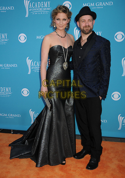 Jennifer Nettles and Kristian Bush of Sugarland.45th Annual Academy Of Country Music Awards held at the MGM Grand Garden Arena, Las Vegas, NV, USA..April 18th, 2010.full length black blue grey gray silver maxi fishtail clutch bag strapless dress suit jacket hat beard facial hair necklace .CAP/ADM/BP.©Byron Purvis/AdMedia/Capital Pictures.
