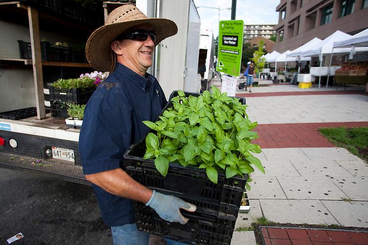 June 1, 2012.©2012 David Burnett/: New York.Washington DC: .shot at Farmers Market,  14th & U st NW,