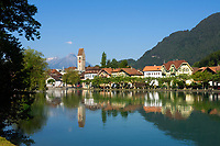 CHE, SCHWEIZ, Kanton Bern, Berner Oberland, Interlaken: Altstadt und Fluss Aare | CHE, Switzerland, Bern Canton, Bernese Oberland, Interlaken: Old Town and river Aare