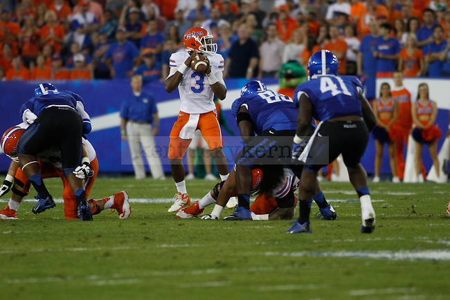 Florida Gators quarterback Tyler Murphy (3) prepares to throw the ball during the first half of the UK football game against Florida at Commonwealth Stadium in Lexington, Ky., on Saturday, September 28, 2013. Photo by Eleanor Hasken | Staff