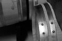 Cutrofiano (Le) - Cantine Aperte 2010 - Caratteristico cerchio di metallo delle botti