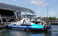 Nederland - Amsterdam - 2019. Het GVB zoekt personeel. Schippers gevraagd om de pont te besturen. Foto Berlinda van Dam / Hollandse Hoogte