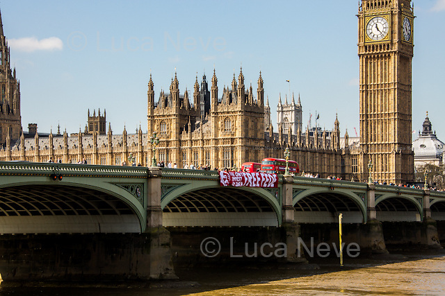 &quot;Free Fede. You Can't Arrest An Idea&quot;.<br />