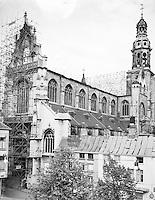 Stellingen van Travhydro bij de restauratie van de Sint Pauluskerk aan de Veemarkt in Antwerpen.