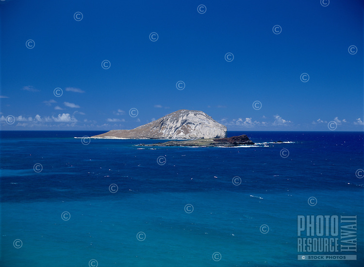 Rabbit Island (Hawaiian name Manana Island), with Kaohikaipu Island in the foreground, Makapu`u, Oahu, Hawaii.