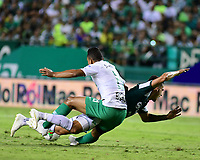 PALMIRA - COLOMBIA, 26-05-2019: Juan Ignacio Dinenno del Cali disputa el balón con Brayan Rovira de Nacional durante partido entre Deportivo Cali y Atlético Nacional por la fecha 4, cuadrangulares semifinales, de la Liga Águila I 2019 jugado en el estadio Deportivo Cali de la ciudad de Palmira. / xxx of Cali vies for the ball with xxx of Nacional during match between Deportivo Cali and Atletico Nacional for the date 4, semifinal quadrangulars, as part Aguila League I 2019 played at Deportivo Cali stadium in Palmira city.  Photo: VizzorImage / Nelson Rios / Cont