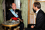 Madrid, (24/10/10).- S.M. El Rey D. Juan Carlos de Borbon recibe las cartas credenciales del Embajador del Reino de Noruega, Excmo. Senor Torgeir Larsen en El Palacio Real.....King Juan Carlos I of Spain presided the Credential Cards giving to diplomatics in Spain...Photo: Alex Cid-Fuentes / ALFAQUI