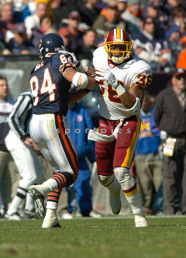 Sean Taylor during the Washington Redskins v. Chicago Bears game on October 17, 2004...Washington wins 13 - 10..David Durochik / SportPics