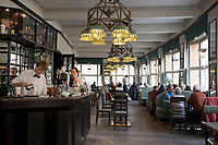 Tschechien, Boehmen, Prag: das kubistische Grand Cafe Orient im ersten Stock des Hauses Zur schwarzen Mutter Gottes | Czech Republic, Bohemia, Prague: Grand Cafe Orient, Cubist inspired cafe attached to the House of the Black Madonna