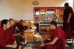 CHINA Yunnan, Lugu Lake , tibetan monks in monastery, this region is home of ethnic minority Mosuo who are buddhist / CHINA Provinz Yunnan, Lugu See, die Region ist Heimat der ethnischen Minderheit Mosuo am Lugu See, die Mosuo sind Buddhisten, tibetische Moenche in einem Kloster