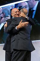 Carmelo Barbagallo nuovo Segretario della UIL e Luigi Angeletti, Segretario uscente<br /> Roma 21-11-2014 Palazzo dei Congressi. XVI Congresso della UIL.<br /> Photo Samantha Zucchi Insidefoto