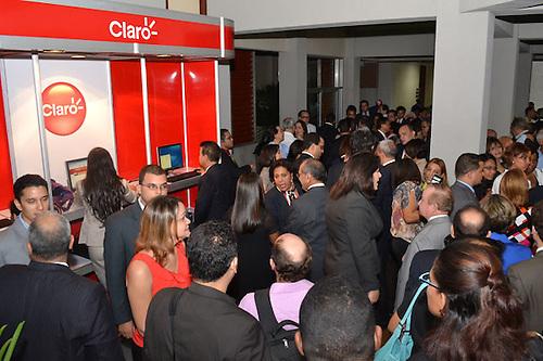 Público que asistió en 2011 a la puesta en línea de Acento.com.do