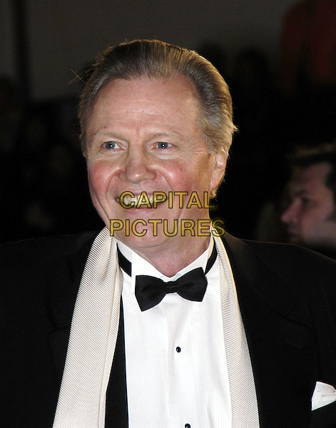 JON VOIGHT.Bafta Awards - British Academy Awards at Odeon Leicester Square.15 February 2004.headshot, portrait.www.capitalpictures.com.sales@capitalpictures.com.©Capital Pictures