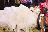 SAO PAULO, SP, 20.09.2013 - TEATRO DE RUA - Mostra Sesc de Teatro de Rua, no Parque da Independência, no Ipiranga, com a estreia em São Paulo do novo espetáculo dos mineiros do Grupo Galpão, Os Gigantes da Montanha, sob a direção de Gabriel Villela na noite desta sexta-feira,20. (Foto: Vanessa Carvalho / Brazil Photo Press)
