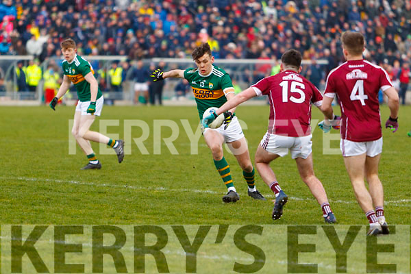David Clifford Kerry in action against Barry McHugh Galway in the Allianz Football League Division 1 Round 4 match between Kerry and Galway at Austin Stack Park, Tralee, Co. Kerry.