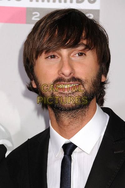 Dave Haywood of Lady Antebellum.40th Anniversary American Music Awards - Arrivals held at Nokia Theatre L.A. Live, Los Angeles, California, USA..November 18th, 2012.AMA AMAs headshot portrait black tie white shirt beard facial hair .CAP/ADM/BP.©Byron Purvis/AdMedia/Capital Pictures.