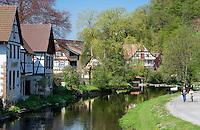 Germany, Baden-Wurttemberg, Black Forest, Schiltach at Kinzig Valley: here river Schiltach flows into river Kinzig | Deutschland, Baden-Wuerttemberg, Schwarzwald, Schiltach im Kinzigtal: hier am Hochmutsteich fliesst die Schiltach in die Kinzig
