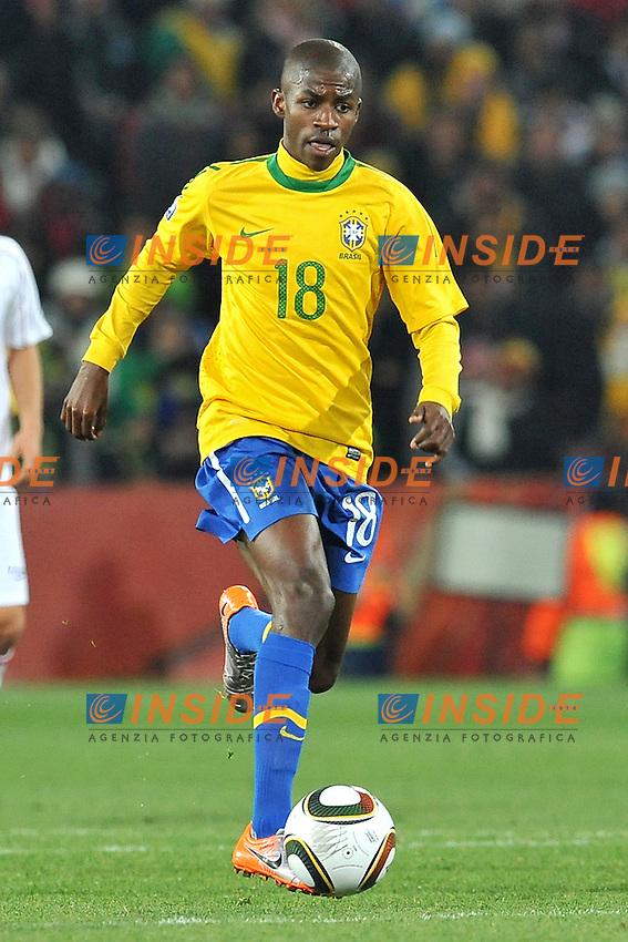 Ramires (Brasile)<br /> Brasile Cile 3-0 - Brazil vs Chile 3-0<br /> Campionati del Mondo di Calcio Sudafrica 2010 - World Cup South Africa 2010<br /> Ellis Park Stadium, Johannesburg, 28 / 06 / 2010<br /> &copy; Giorgio Perottino / Insidefoto