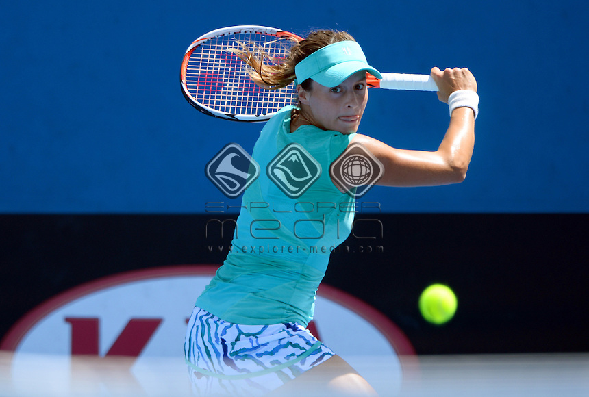 Tatjana Maria (GER) round 1 action<br /> 2015 Australian Open Tennis <br /> Grand Slam of Asia Pacific<br /> Melbourne Park, Vic Australia<br /> Monday 19 January 2015<br /> &copy; Sport the library / Jeff Crow