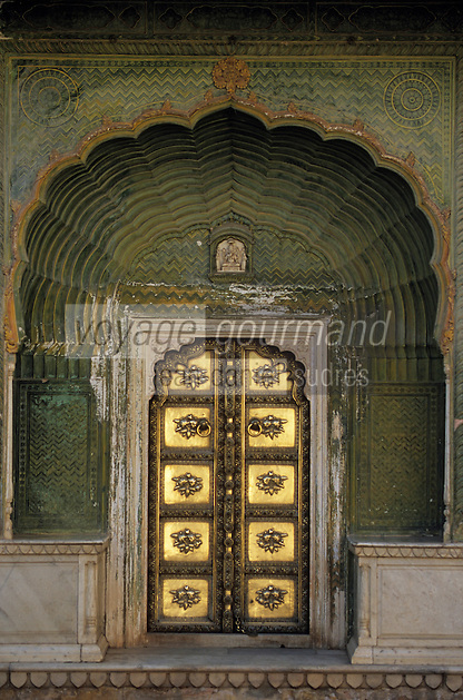 Asie/Inde/Rajasthan/Jaipur: Palais du Soleil - Détail de la porte verte mousson