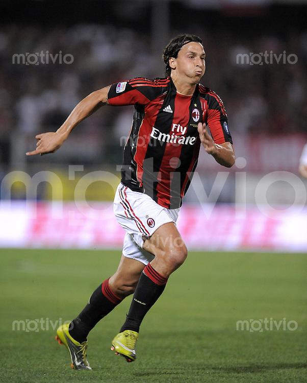 FUSSBALL INTERNATIONAL   SERIE A   SAISON 2010/2011    A.C. Cesena - AC Mailand     11.09.2010 Zlatan Ibrahimovic (AC Mailand)