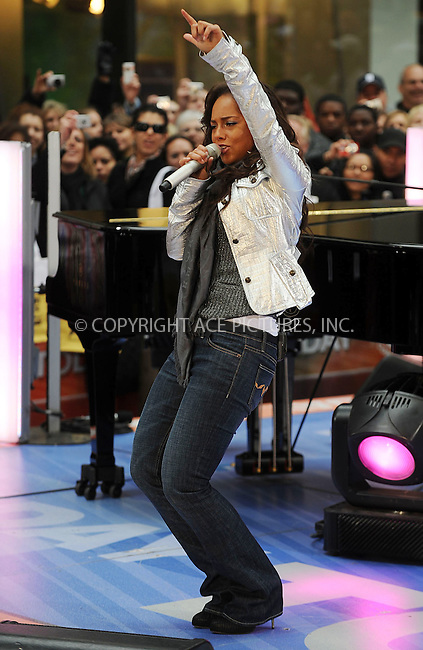 WWW.ACEPIXS.COM . . . . . ....April 21 2008, New York City....R and B artist Alicia Keys performed on the 'Today' show at the Rockefeller Plaza in midtown Manhattan.....Please byline: KRISTIN CALLAHAN - ACEPIXS.COM.. . . . . . ..Ace Pictures, Inc:  ..(646) 769 0430..e-mail: info@acepixs.com..web: http://www.acepixs.com