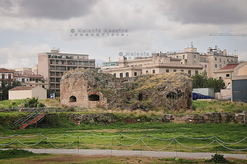 Parco archeologico del Castellammare, nei pressi della Cala, nel quartiere la Loggia, a nord del porto di Palermo.&Egrave; stato il pi&ugrave; importante baluardo difensivo del porto di Palermo fino al XX secolo.<br />