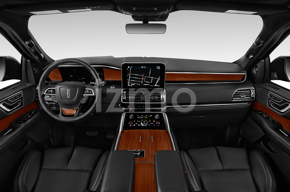 Stock photo of straight dashboard view of a 2019 Lincoln Navigator L Reserve 5 Door Wagon