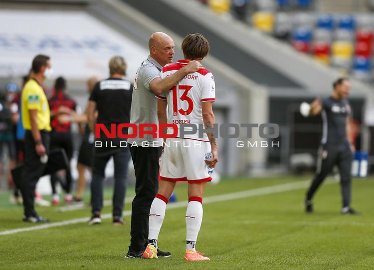 Trainer Uwe Roesler (F95), Adam Bodzek (F95)<br /><br />20.06.2020, Fussball, 1. Bundesliga, Saison 2019 / 2020<br />33.Spieltag, Fortuna Duesseldorf : FC Augsburg<br /><br />Foto : NORBERT SCHMIDT/POOL/ via Meuter/nordphoto<br /><br />Nur für journalistische Zwecke ! Only for editorial use .
