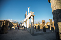 The Statue on the right doesn't belong to Ancient Pompeii.<br />
