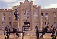 AJ3136, Military College, university, Virginia, Lexington, Cannons in front of building on the campus of Virginia Military Institute in Lexington in the state of Virginia.