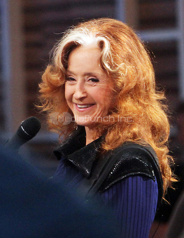 NEW YORK, NY-August 10: Bonnie Raitt performed at Good Morning America in New York. NY August 10, 2016. Credit:RW/MediaPunch