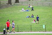 Nova York (EUA), 14/04/2019 - Climate / Eua / Central Park - Movimentação no Central Park em Nova York nos Estados Unidos na tarde desde domingo, 14. (Foto: William Volcov/Brazil Photo Press/Agencia O Globo) Mundo