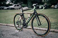 Marcel Kittel's (DEU/QuickStep Floors) customised 'green machne' / Specialized S-Works <br /> <br /> 1st restday at Team Quickstep Floors (in the Dordogne)<br /> <br /> 104th Tour de France 2017<br /> first restday