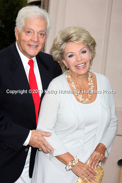 """LOS ANGELES - SEP 28:  Bill Hayes & Susan Seaforth Hayes arrives at  """"Celebrating 45 Years of Days of Our Lives"""" at Academy of Television Arts & Sciences on September 28, 2010 in No. Hollywood, CA"""