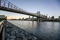 NEW YORK, NY, 11.10.2016 - TURISMO-NEW YORK - Vista da ilha de Manhattan a partir do Queenbridge Park em New York nesta terça-feira, 11. (Foto: William Volcov/Brazil Photo Press)