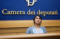 Mara Mucci<br /> Roma 27-01-2015 Sala Stampa Camera. Conferenza stampa dei 9 deputati fuoriusciti dal Movimento 5 Stelle.<br /> Photo Samantha Zucchi Insidefoto