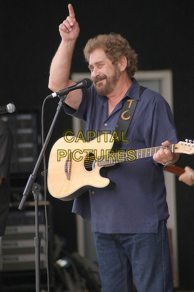 EARL THOMAS CONLEY.The Country Music singer performs at the 30th Anniversary of Jamboree in the HIlls, Morristown, Ohio, USA,15 July 2006..half length on stage live in concert guitar.Ref: ADM/KB.www.capitalpictures.com.sales@capitalpictures.com.©Kelly Blecher/AdMedia/Capital Pictures.