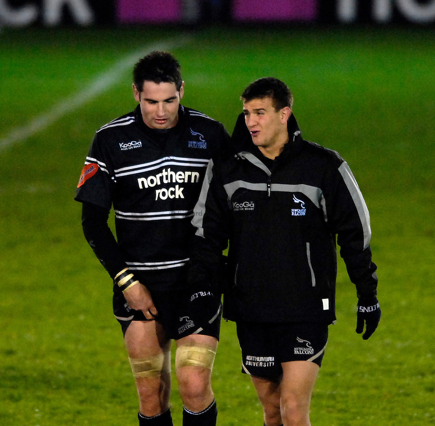 Photo: Jed Wee..Newcastle Falcons v Bristol Rugby. Guinness Premiership. 03/11/2006...Newcastle's Brent Wilson (L) with Lee Dickson.