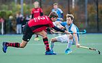 ZEIST-   Mats Marree (Schaerweijde) met Gijs van Daalen Buissant des Amorie (Hurley)  promotieklasse hockey heren, Schaerweijde-Hurley (4-0)  COPYRIGHT KOEN SUYK